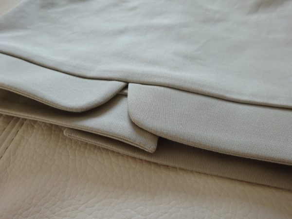 Bouton smoké perle détail 4